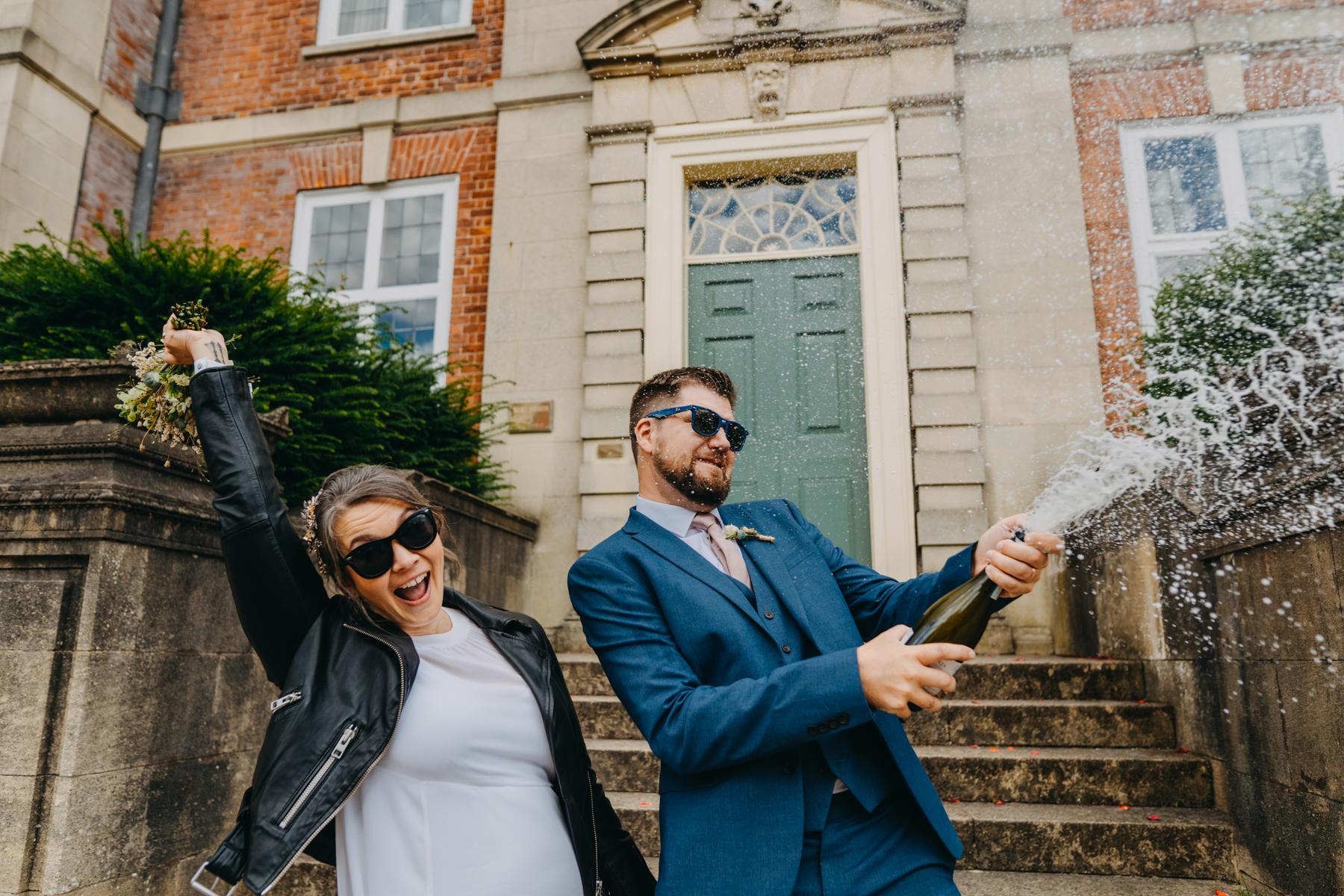 London elopement photography ideas covid 19 wedding